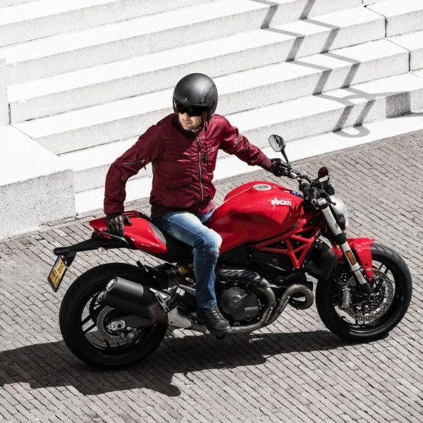 Bastic Ducati still e1559106297183