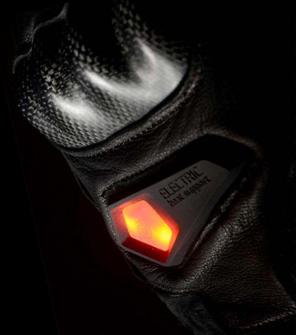 neutron-heated-gloves